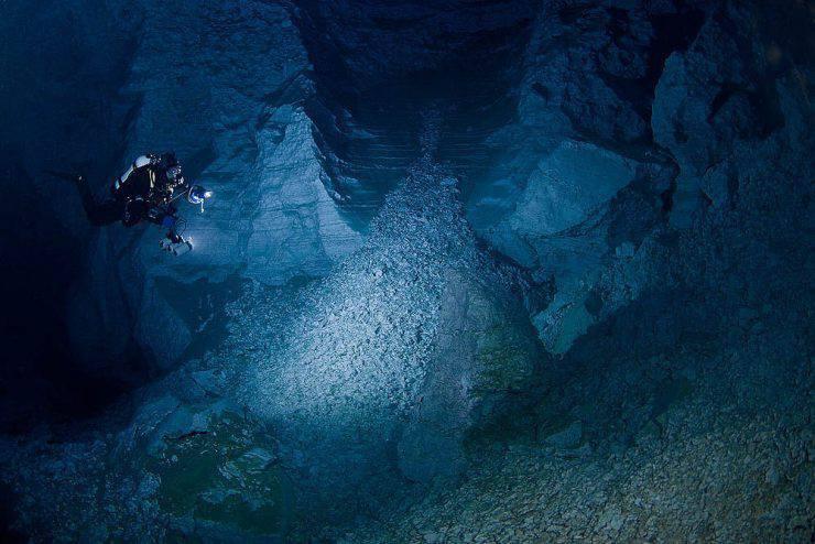 Eksploracja jaskini Orda 37