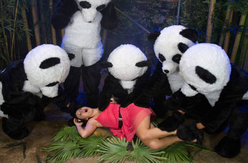 Ashli Orion - PANDA PORNO!!!!! - Kink/ BoundGangBangs (2012/ HD 720p)