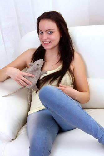 Lara G - SeventeenVideo - Lara plays and does her homework (2012/HD/1.08 GiB)