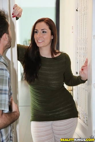 MikesApartment.com - Paige Turnah - Lucky you