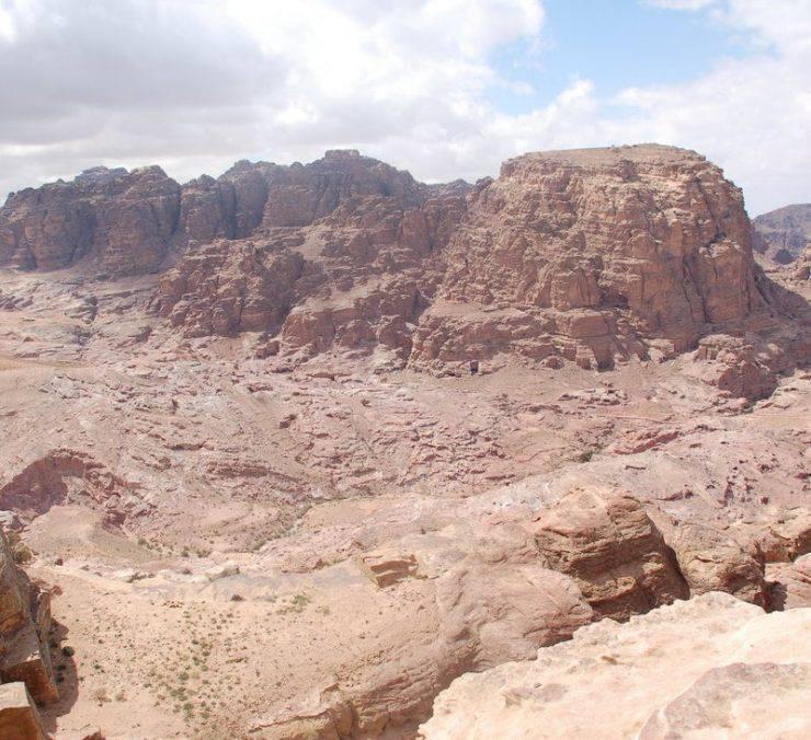 Petra - miasto wykute w skałach 28