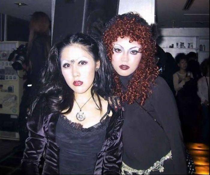 Japonki w gotyckim stylu 12