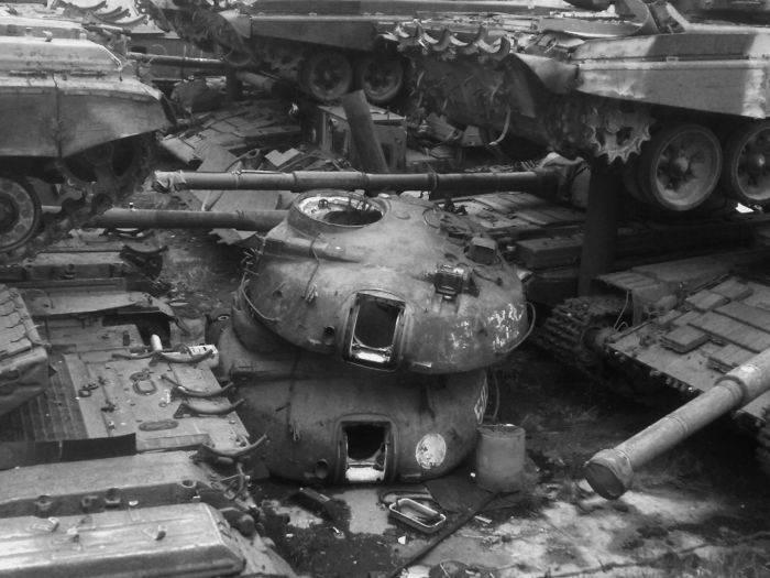 Cmentarzysko czołgów 9