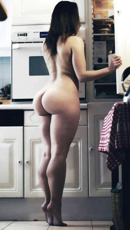 фото домашняя голой девушки збоку