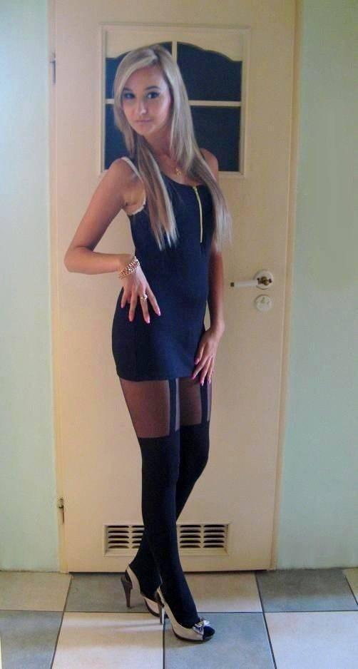 Obcisłe sukienki #18 9
