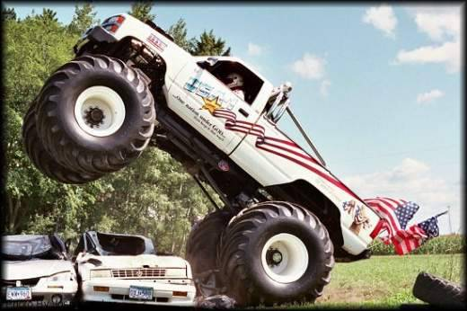 Monster truck 22