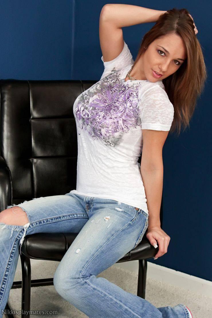 Dziewczyna dnia: Nikki Sims 12