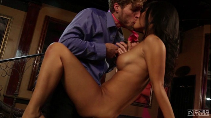 235123628d8ee58eba2bfb5027d3fdde314d2302 - Wicked Asa Akira The Blonde Dahlia Scene 5