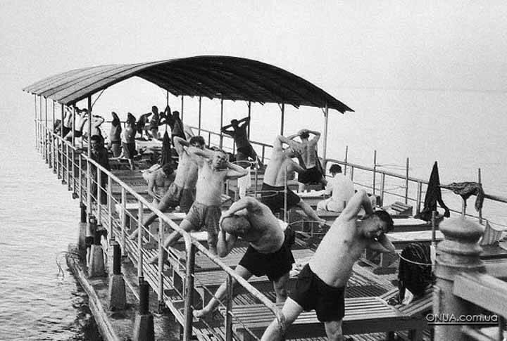 Советские фото на пляже 14 фотография
