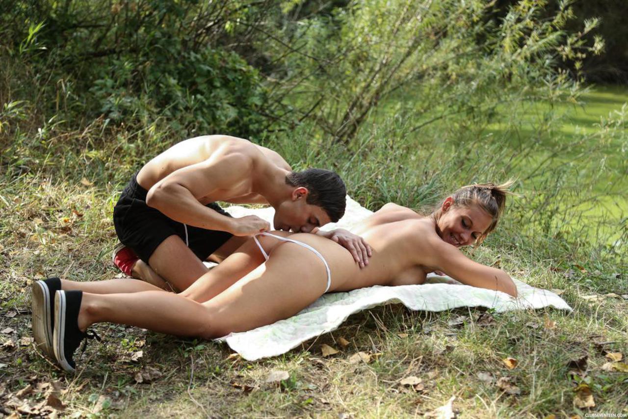 Free clip sex outdoor