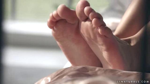 21FootArt 18 04 11 Tiffany Tatum Sex Toes XXX