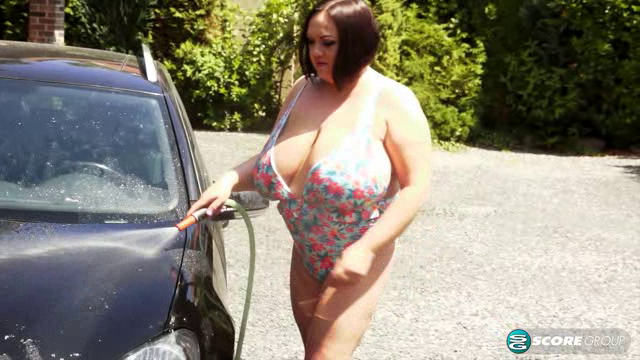 PornMegaLoad 18 09 21 Natascha Romanova The XL Girls Car Wash XXX