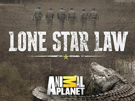 Lone Star Law S04E04 Crash Course 720p WEBRip x264-CAFFEiNE