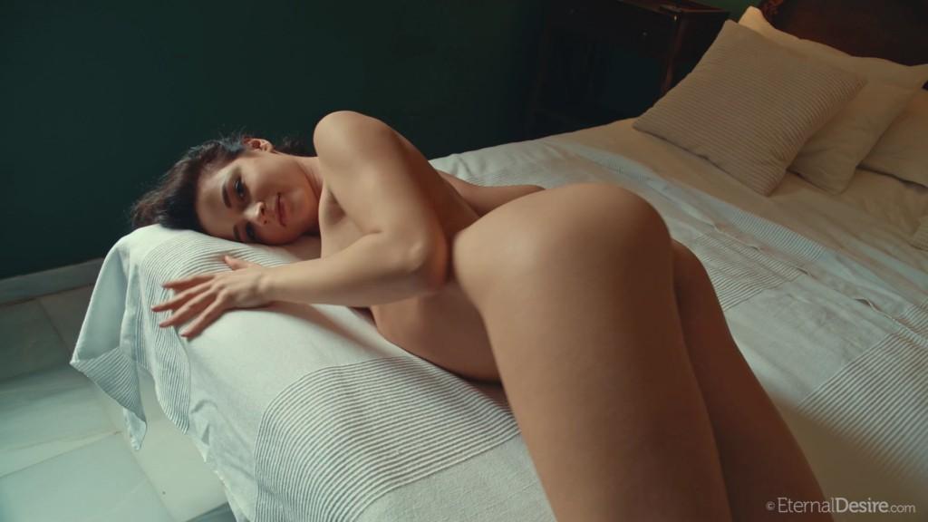 Free Download EternalDesire 20 04 01 Ardelia A In Bed XXX 1080p MP4-KTR