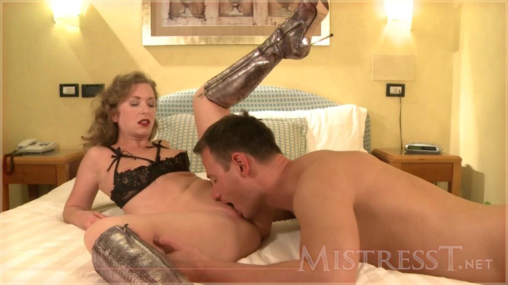 MistressT 11 07 02 Hot Night For Cuckold XXX 720p MP4-WEIRD